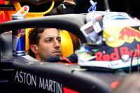 Ricciardo Tunda Tanda Tangan Kontrak Baru dengan Red Bull