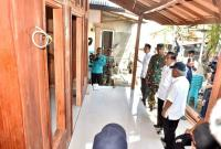 Jokowi Tinjau Proses Renovasi Rumah Zohri saat Kunjungi Korban Gempa Lombok