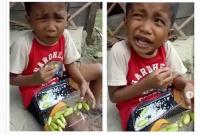 Ekspresi Kocak Bocah Ini Makan Belimbing Wuluh, Pasti Bikin Kamu Keasaman Juga Deh!