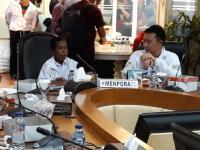 Tiba di Jakarta, Joni 'si Pemanjat Tiang Bendera' Langsung Makan Siang Bareng Menpora