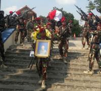 Pratu Freddy yang Gugur Ditembak KKB Papua Dimakamkan di Tanah Kelahirannya