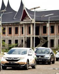Honda CR-V Turbo Berhasil Digeber 1.400 Km dari Banda Aceh ke Padang