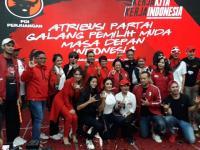 Krisdayanti, Angel Karamoy dan Ian Kasela Pamerkan Atribut Milenial PDIP untuk Pemilu 2019