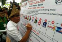 Kenakan Pakaian Adat, Caleg Perindo Sumsel Deklarasikan Kampanye Damai