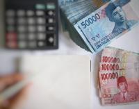 PLN Daftarkan Obligasi Rp832 Miliar