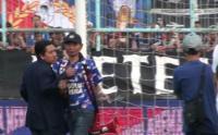 Ini Alasan Dirijen Aremania Masuk ke Lapangan saat Arema FC vs Persebaya