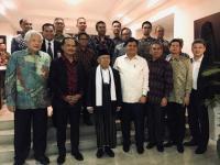 Tukar Pandangan Kiai Ma'ruf dengan Para Tokoh Masyarakat Indonesia di Singapura