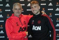 Mourinho Ungkap Alasan Perpanjang Kontrak Luke Shaw