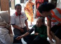 Peduli Lansia, GRIND Banten Berikan Cek Kesehatan Gratis