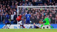 Gagal Tundukkan Chelsea, Young: Kami Masih Harus Berbenah