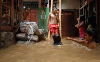 Pemprov DKI Siapkan 450 Pompa di 30 Titik Banjir