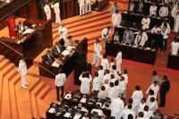 Krisis Sri Lanka Makin Parah, Parlemen Tolak PM Baru yang Ditunjuk Presiden