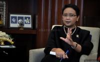 Menlu Retno Marsudi Raih Penghargaan Tokoh Publik di Indonesia Award 2018