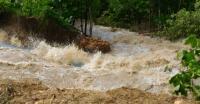 Jalan Nasional Aceh Barat-Pidie Putus Dihantam Banjir