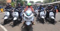 Irsyad Yusuf Gunakan Motor Listrik Pimpin Ratusan Rider Jelajahi Pasuruan