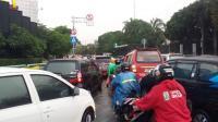 Genangan Air Hujan Perparah Kemacetan di Sejumlah Ruas Jalan Jakarta