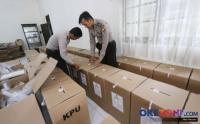 Timses Jokowi Sebut Kotak Suara Kardus Sesuai UU dan PKPU