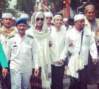 Dugaan Penganiayaan Anak, Habib Bahar Tiba di Polda Jabar Bersama 9 Pengacara