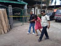 Tangis Ibu Mendadak Histeris Lihat Anak Jadi Korban Penyekapan & Pelecehan