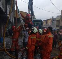 Ruko di Pasar Enjo Pulogadung Terbakar, 3 Warga dan Seekor Anjing Berhasil Diselamatkan