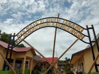 Miris! Sekolah Disegel, Ratusan Siswa Tak Bisa Belajar