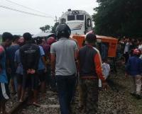Pikap Bermuatan Diesel Dihantam KA Joglosemarkerto, 2 Orang Tewas di Tempat