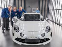 Mundur dari Renault, Karir Carlos Ghosn di Dunia Automotif Tamat