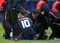 Cedera Engkel, Neymar Menangis saat Tinggalkan Lapangan