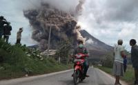 PVMBG Imbau Warga Jangan Beraktivitas di Radius 7 Km Kawah Gunung Sinabung