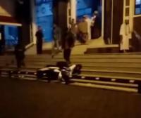Viral Pria Banting Motor saat Dilarang Parkir di Depan Pintu Masjid Agung Ciawi