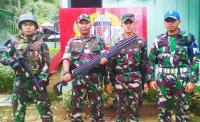 Rangkulan Hati Satgas Yonif PR 328 DGH, Warga Keerom Serahkan Senjata Berburu