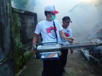 Antisipasi DBD di Gianyar, Caleg Perindo <i>Fogging</i> Puluhan Rumah Warga