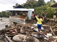 TNI Terjunkan Tim Reaksi Cepat Satgas Bantu Evakuasi Korban Banjir Sentani