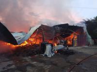 2 Gudang Terbakar di Pamulang Tangsel, Saprol Tewas Mengenaskan