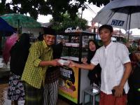 Cerita Caleg Perindo PDKT ke Masyarakat lewat Sedekah Makanan Gratis di Tangerang