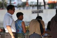 Warga Thailand Berikan Suaranya dalam Pemilu Pertama Sejak Kudeta 2014