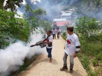 Caleg Perindo Kenalkan KTA Bermanfaat di Sela-Sela Fogging