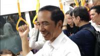 Usai dari Mal, Jokowi Pulang ke Bogor Naik MRT