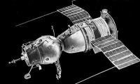 Peristiwa 24 April: Spanyol Deklarasikan Perang Lawan AS hingga Jatuhnya Pesawat Luar Angkasa Soyuz 1