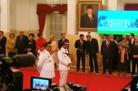 Jokowi Resmi Lantik Gubernur dan Wagub Maluku di Istana