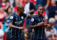 Liga inggris Musim Ini Capai Klimaks, Fernandinho Kirim Peringatan untuk Liverpool