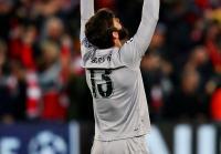 Alisson Terkesan dengan Atmosfer Stadion Anfield