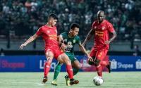 Persebaya Berbagi Poin dengan Kalteng Putra di Stadion Gelora Bung Tomo