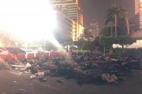 Ketika Jalanan Bundaran HI Jadi Lokasi Tidur Polisi yang Kelelahan