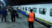 KAI Daop III Cirebon Turunkan 368 Petugas dan 96 Personel TNI-Polri Kawal Mudik Lebaran