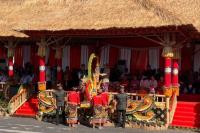 Jokowi Ajak Jan Ethes Melepas Pawai Pesta Kesenian Bali