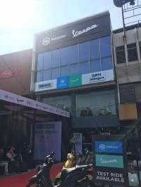 Dekatkan Diri ke Konsumen, Piaggio Resmikan Diler Baru Jakarta Timur
