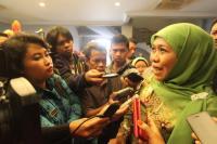 Khofifah Usul ke Jokowi Bangun MRT dan LRT di Jatim