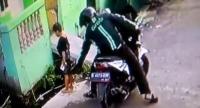 Polisi Tangkap <i>Driver</i> Ojek <i>Online</i> Penjambret <i>Handphone</i> Bocah yang Aksinya Terekam CCTV