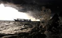 Ombak 4 Meter Ancam Perairan Selatan Jateng hingga 21 Juni